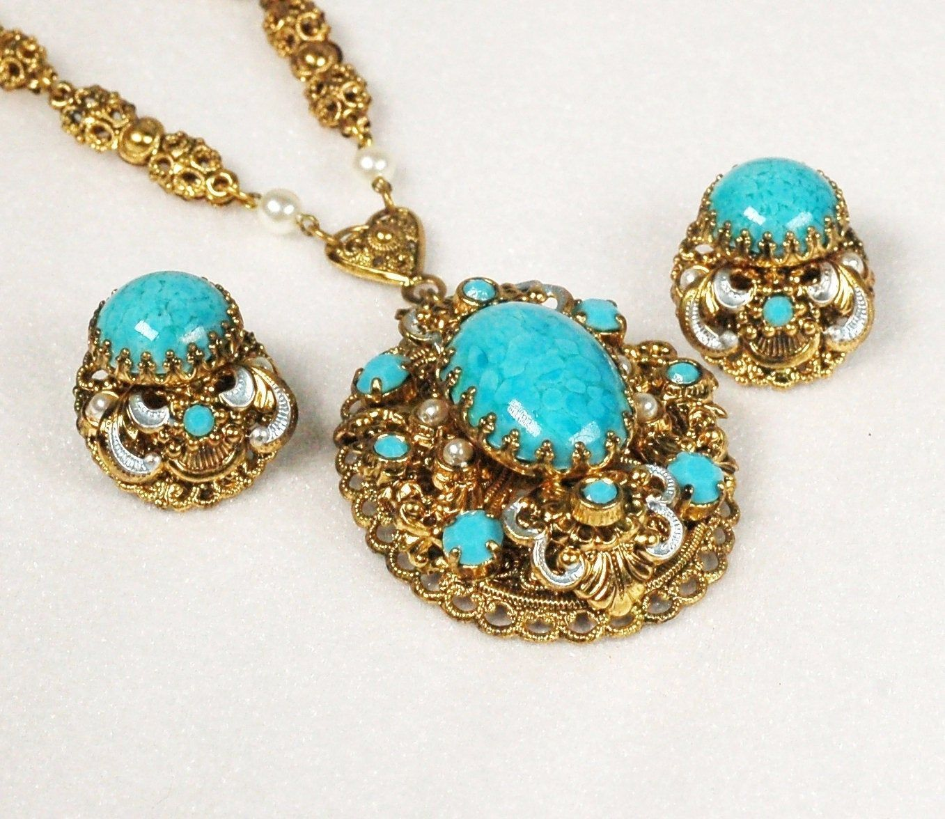 Vintage West Germany Turquoise Pearl Pendant Necklace