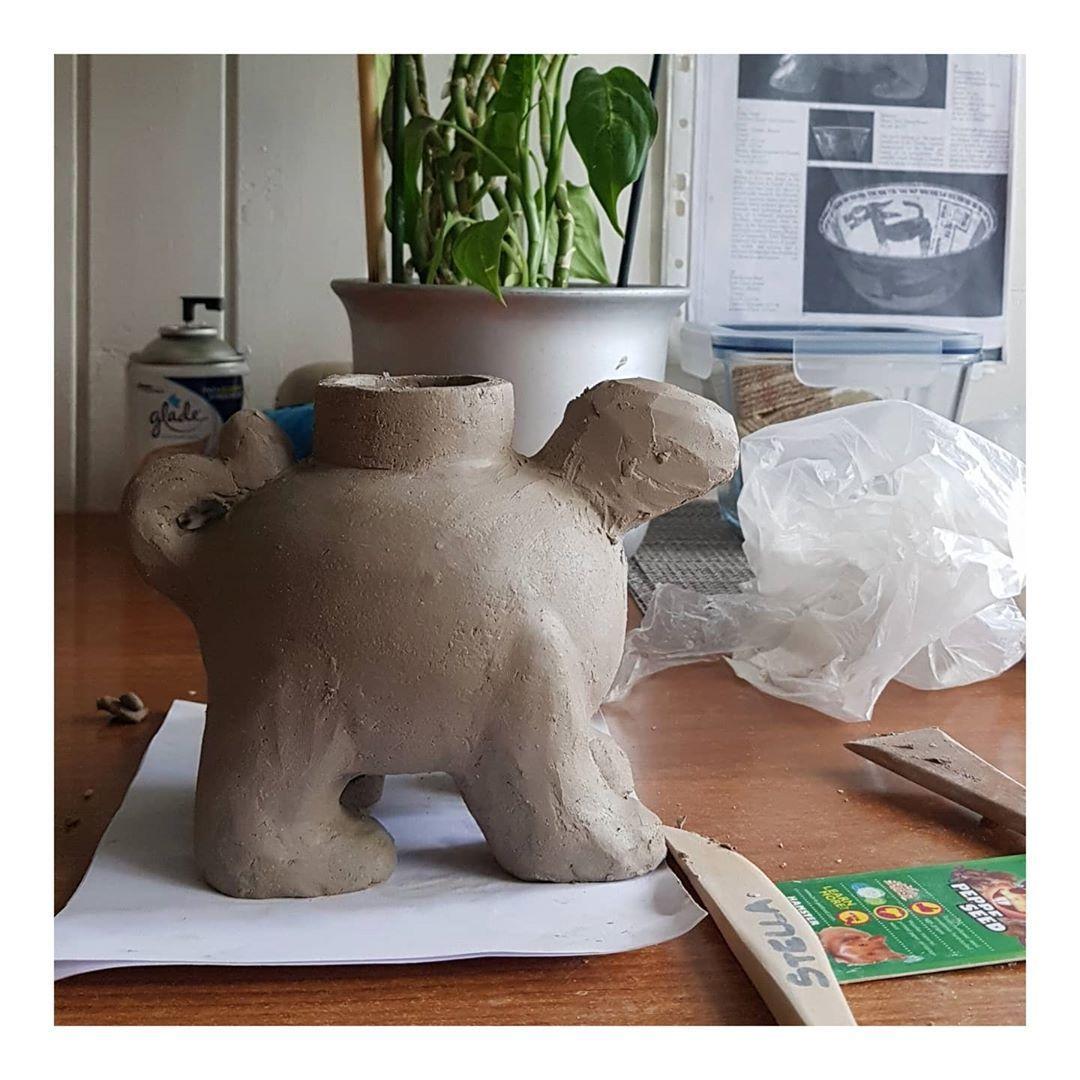 i have never been happy with this #ceramics #ceramicsculpture #ceramicart #ceramicstudio #pottery #potteryforall #potteryvase #potteryporn #handmade #functionalceramics #functionalpottery #texture #clay #špud #zagreb #croatia #art #design #interiordesign #interior #claylove #photography #ecofriendly #potteryart #claytiles #tiles #ceramictiles #clayart #soon #colors