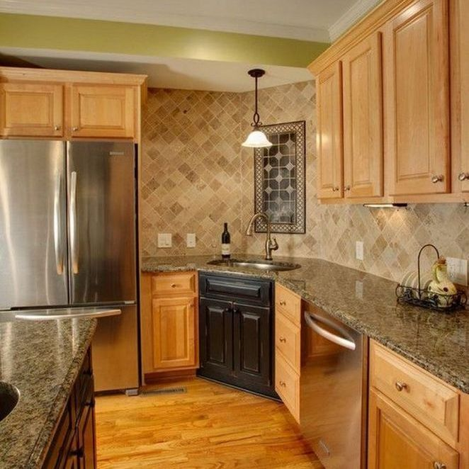 59+ Maple Cabinets with White Countertops Backsplash Ideas ... on Kitchen Backsplash With Maple Cabinets  id=16915