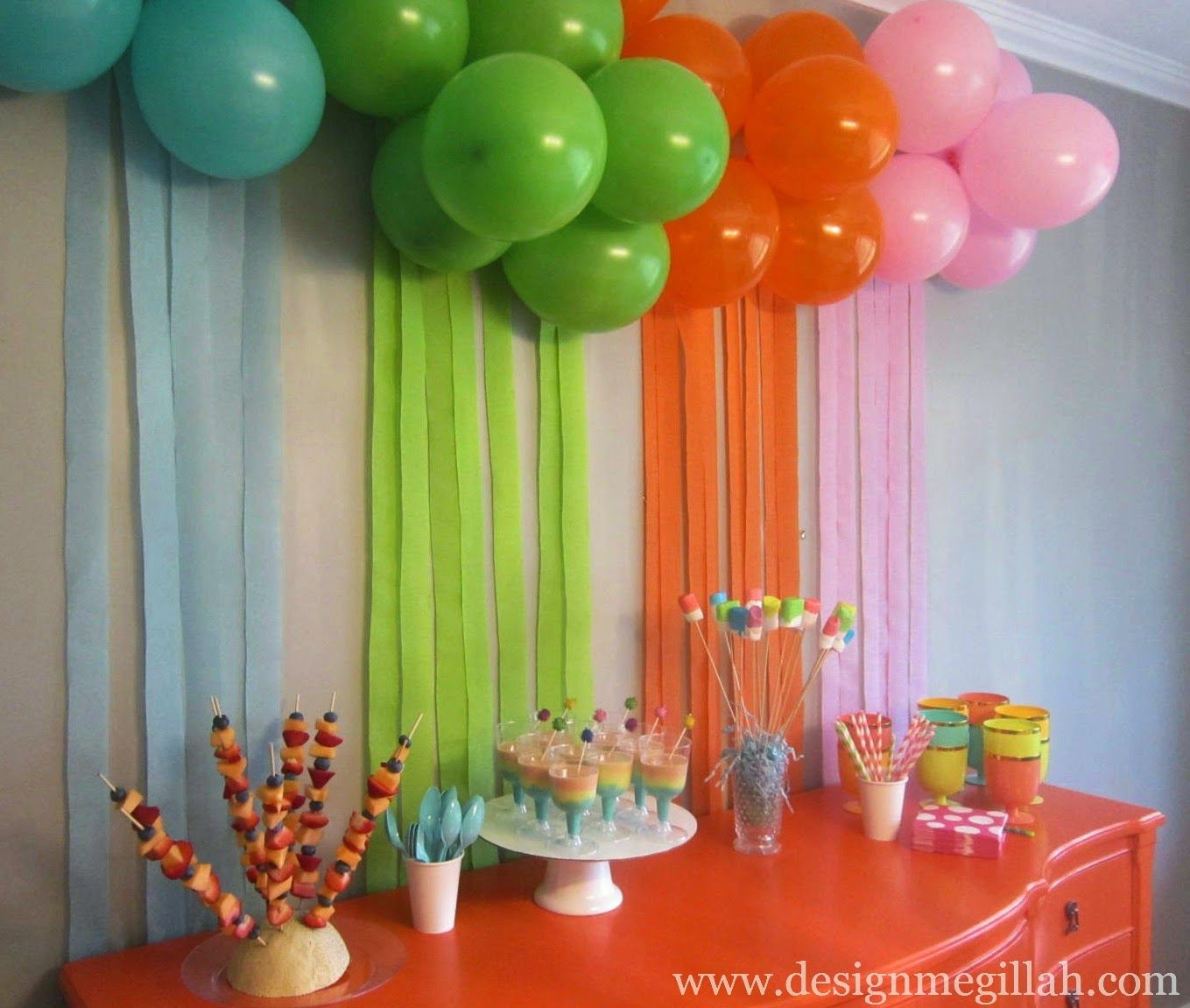 The Art Birthday Party! | Simple birthday decorations ...