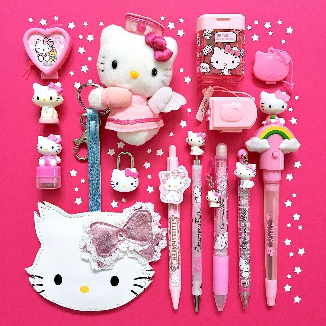 D A V I D On Instagram Hello Kitty Hello Kitty Items Hello Kitty House Hello Kitty