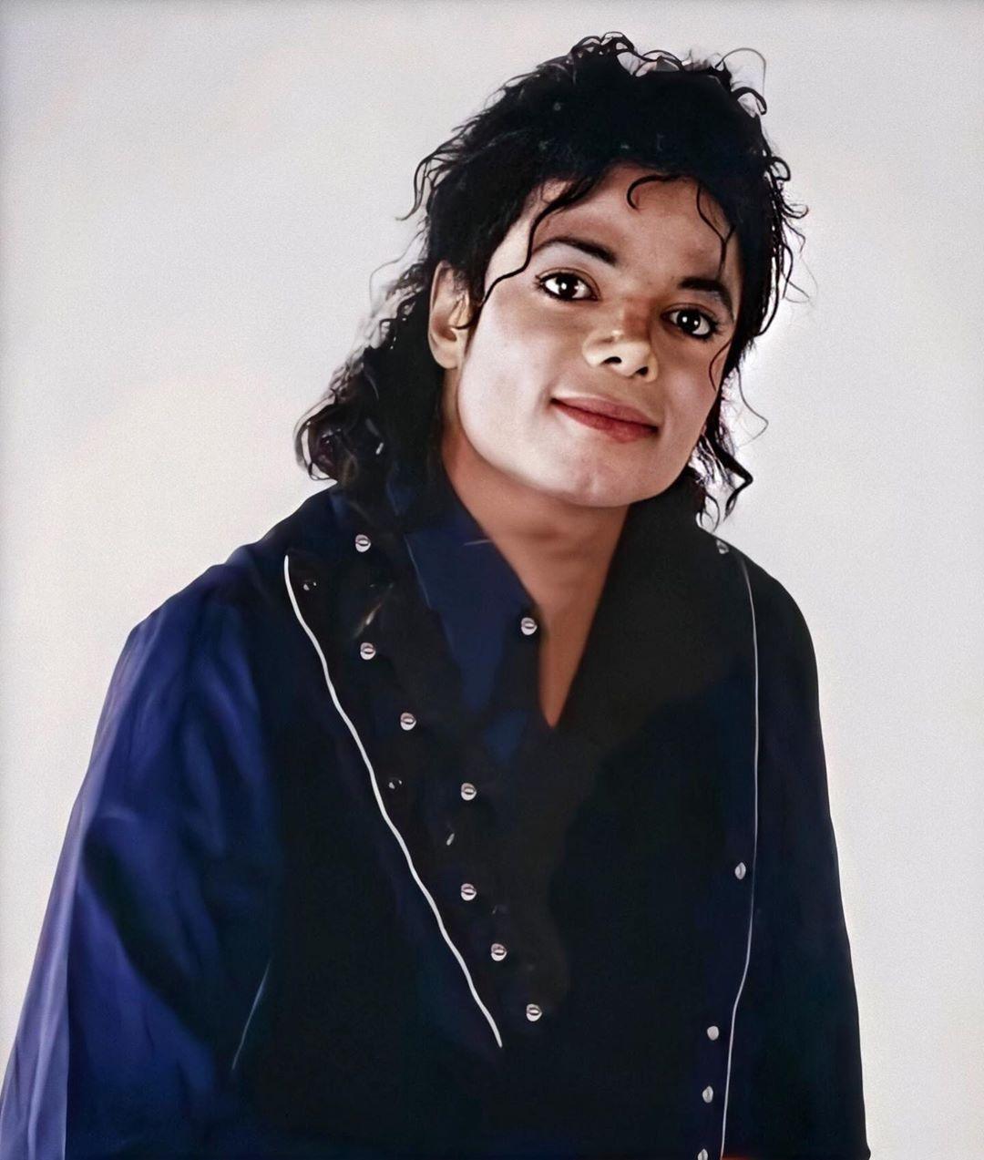Pin De Gina Pereira Em Michael Jackson Faces Michael Jackson
