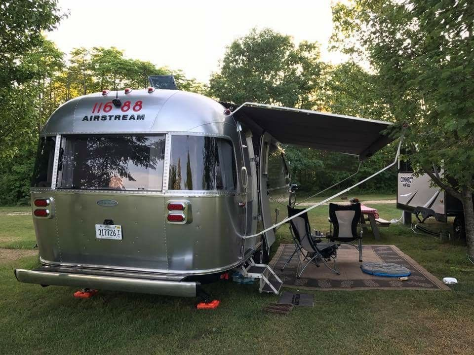 Outdoor Rug Under Awning Airstream Dreamland Pinterest