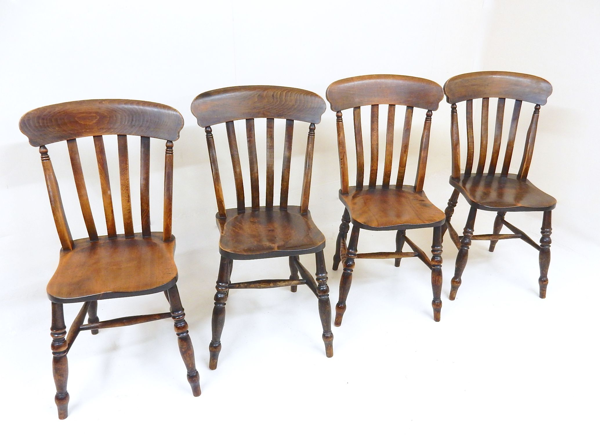 Set Of 4 Victorian Windsor Lath Back Dining Chairs