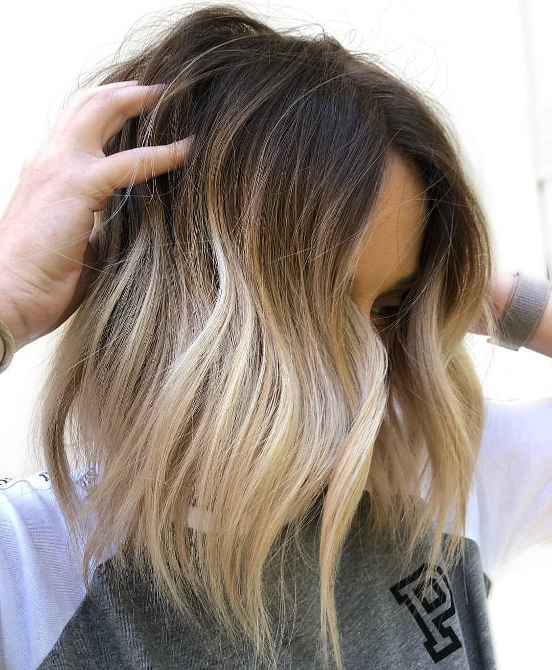 So Feeling This One By Hairbysharmichele Behindthechair Btchairbysharmichele Shadowro Blonde Ombre Short Hair Short Hair Styles Short Ombre Hair