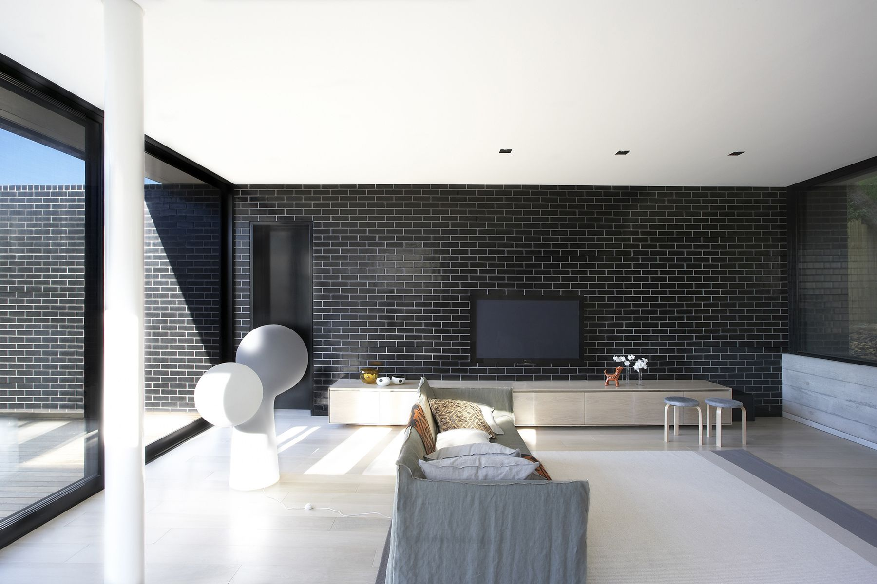 interior goes exterior #black glazed brick in this pohioadams