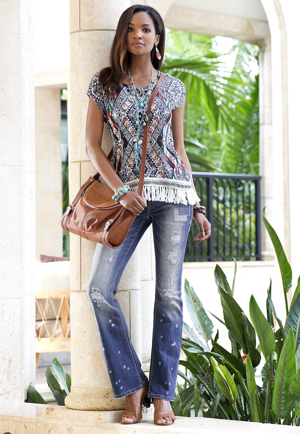 Daring and fashionable - jeans with holes 2
