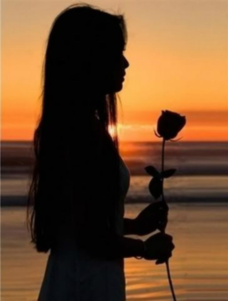 Sigue Tu Destino Riega Tus Plantas Ama Tus Rosas El Resto Es La
