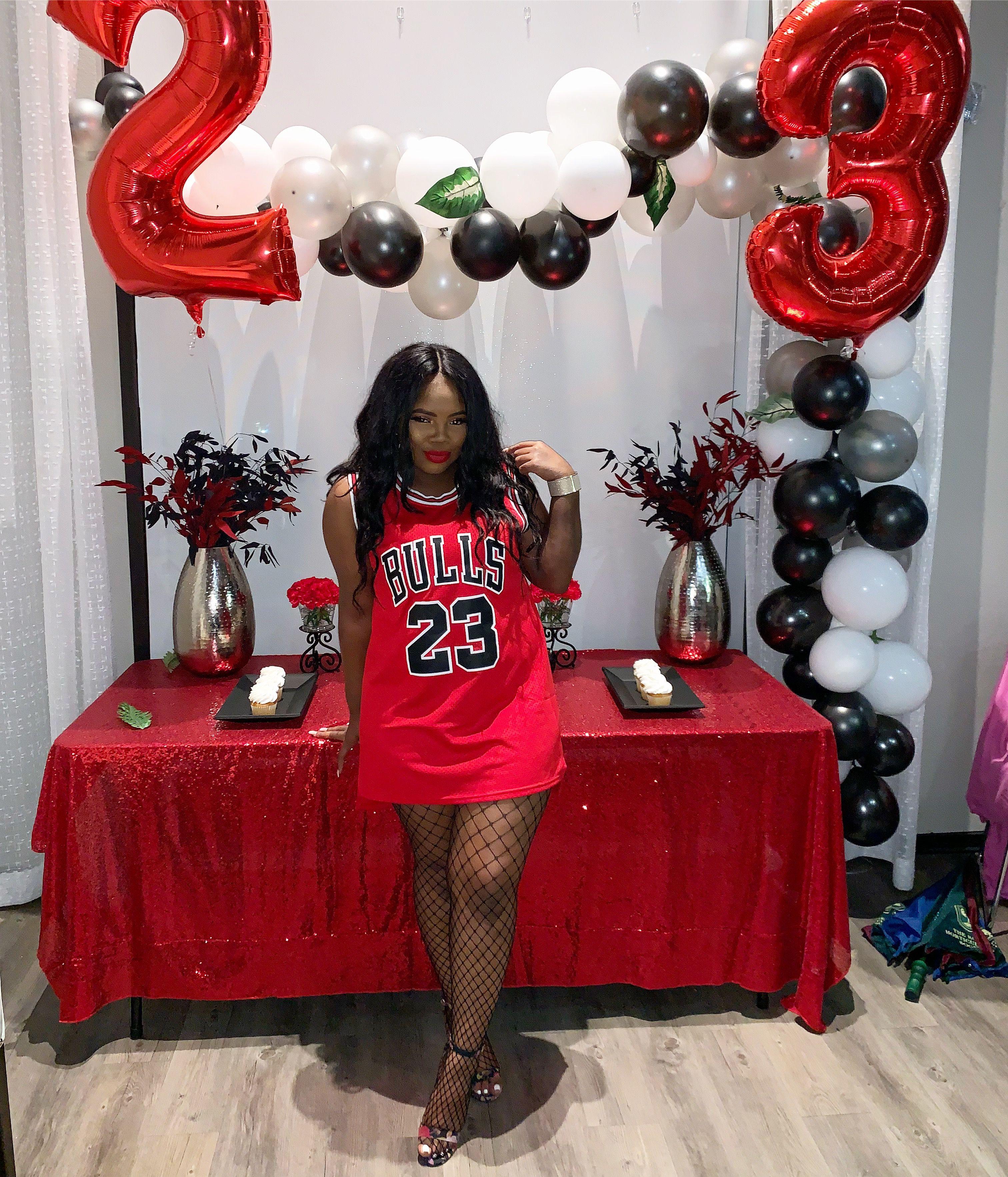 23rd Birthday Outfits In 2021 Birthday Photoshoot 23rd Birthday Ideas 23rd Birthday