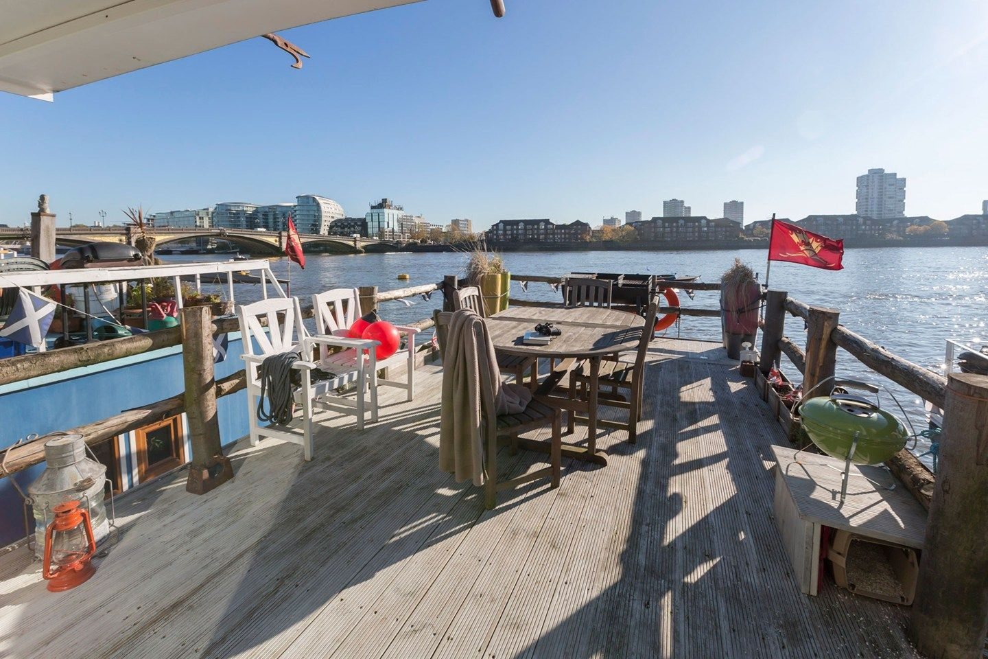 5 handy houseboats to hire with images london vacation