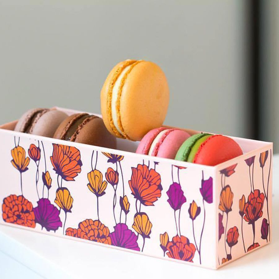 We love this post by Artelice Patisserie featuring their beautiful macarons and our rigid