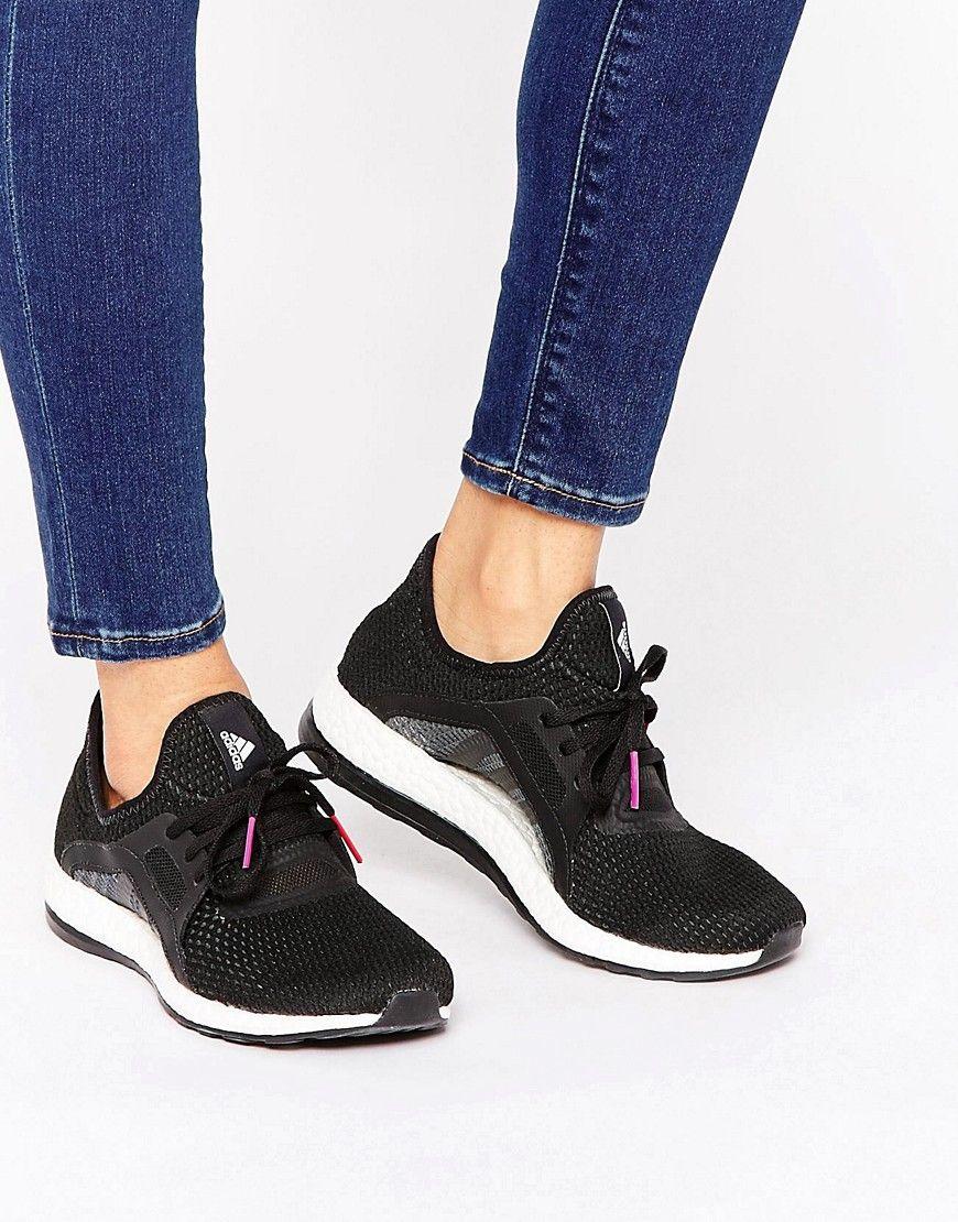 Zapatillas de deporte en negro y blanco Pureboost X de adidas. Zapatillas  de deporte de Adidas c2b097363989c