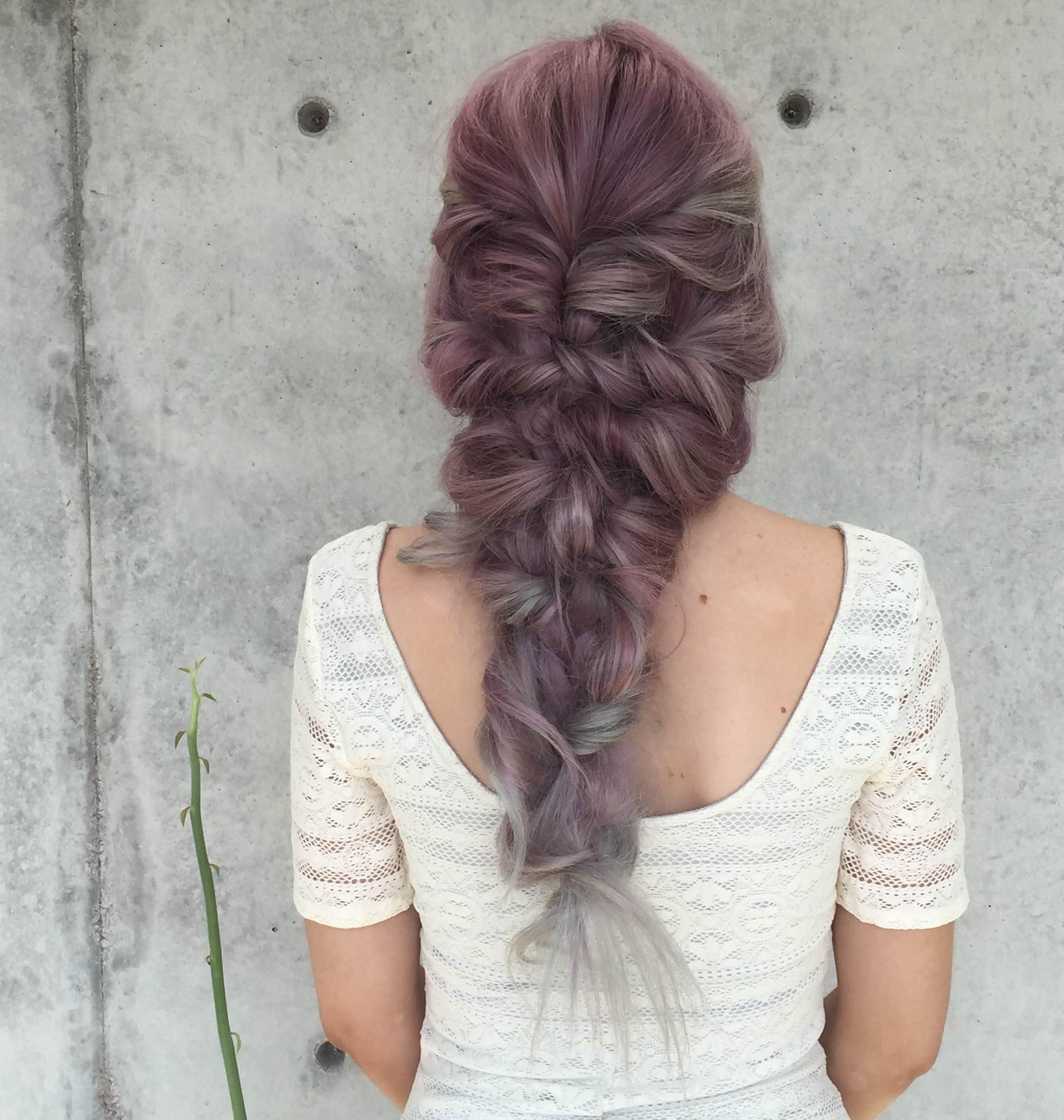 This Curly Mermaid Hairstyle By Theconfessionsofahairstylist Featuring Our New Kenra Fast Lockige Frisuren Frisur Dicke Haare Schone Zopfe Fur Lange Haare