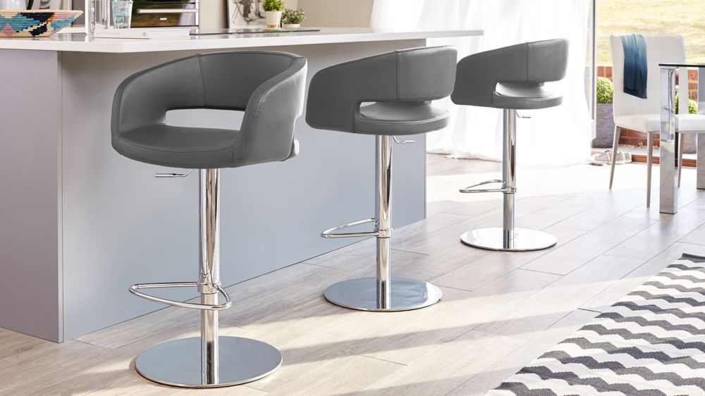 Savina Chrome Faux Leather White Bar Stools White Bar Stools Bar Stools With Backs Contemporary Bar Stools