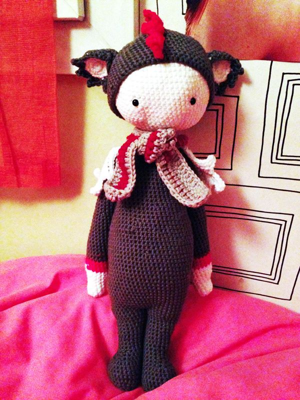 DIRK the dragon made by Stephanie M. / crochet pattern by lalylala