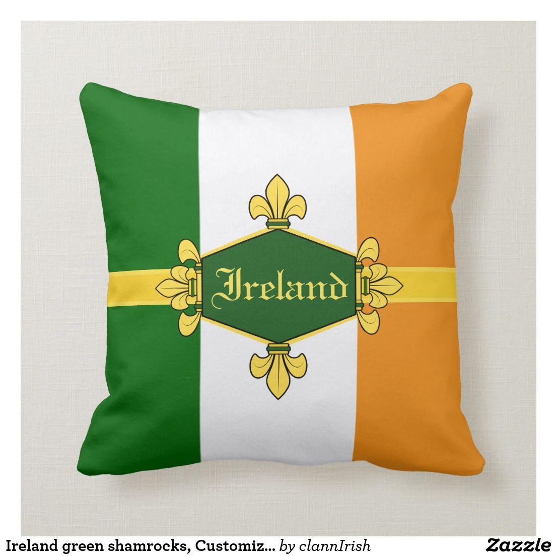 Ireland green shamrocks, Customize with name 11c Throw