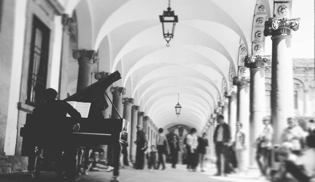 #cortilinascosti #cortiliaperti #duomodimilano#expo #regionelombardia #sunset #milan #skyline #bilding #art #salonedelmobile #piazza #milano #piazza #duomo #galleria #skyline #igers #italia #igersitalia #istantgallery #instagood #instaitalia  #lombardia #editoftheday #igerslombardia #bestpic #milanocityufficiale #architecture  #top_lombardia_photo by scoppi_ato