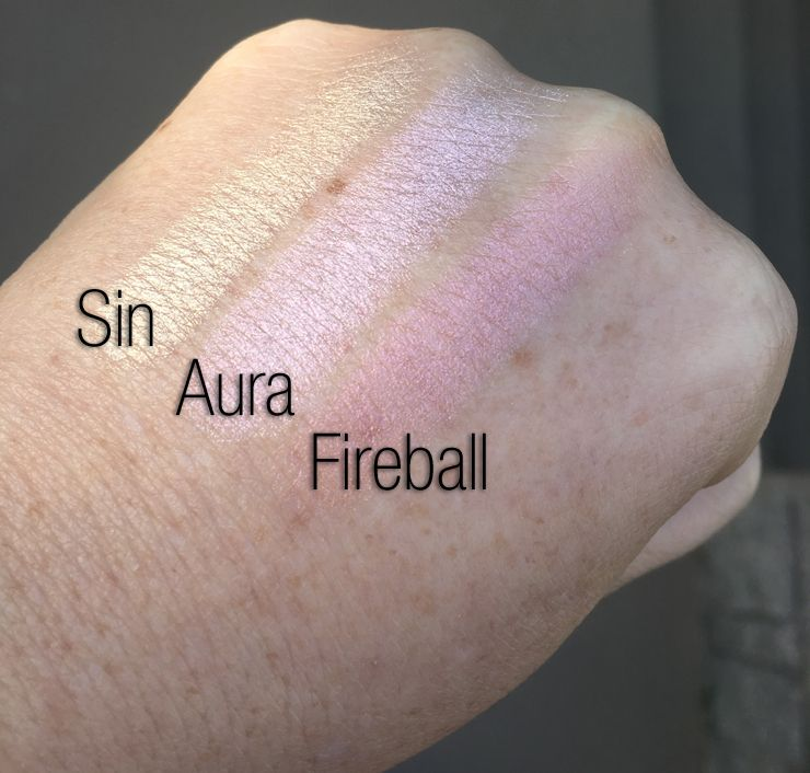 Afterglow 8-Hour Powder Highlighter by Urban Decay #3