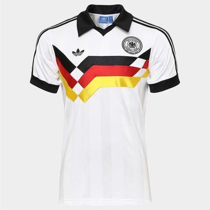 A Camisa Adidas Alemanha Retrô 1990 Branco e Preto é um dos mantos mais  respeitados do futebol e não pode faltar na coleção dos boleiros. 69be35e52cedc