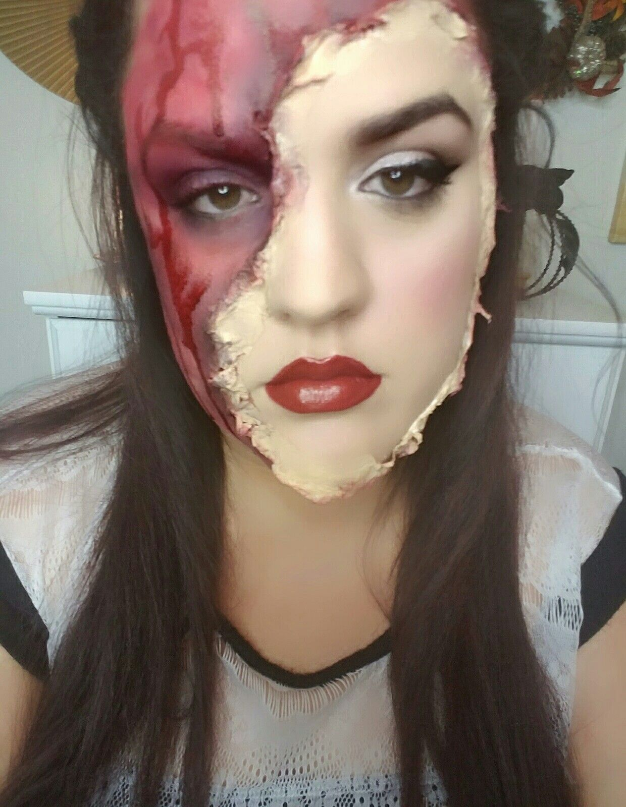 halloween, torn off face, makeup, beauty, look, ideas, easy ...