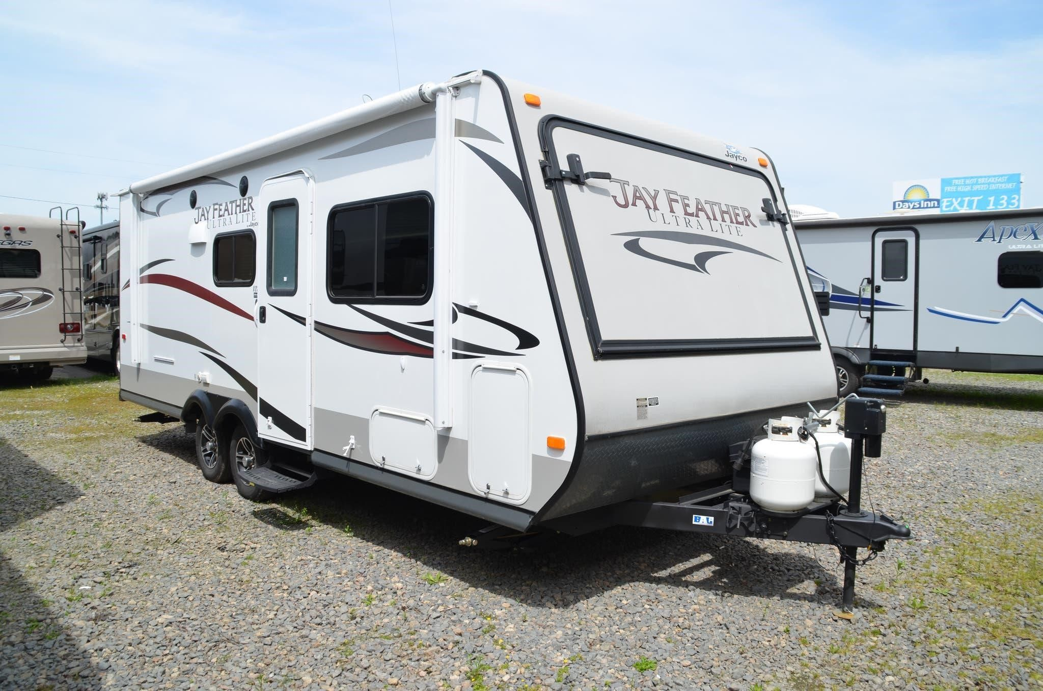 2014 Jayco Jay Feather Ultra Lite X23f For Sale In Little Rock Arkansas At Rvuniverse Com Jay Feather Jayco Recreational Vehicles
