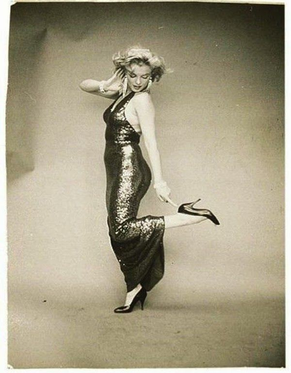 Beautiful Marilyn Monroe Photographed by Richard Avedon, 1957