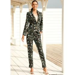 Photo of Amy Vermont, blazer with a fashionable camouflage print, olive Amy Vermont
