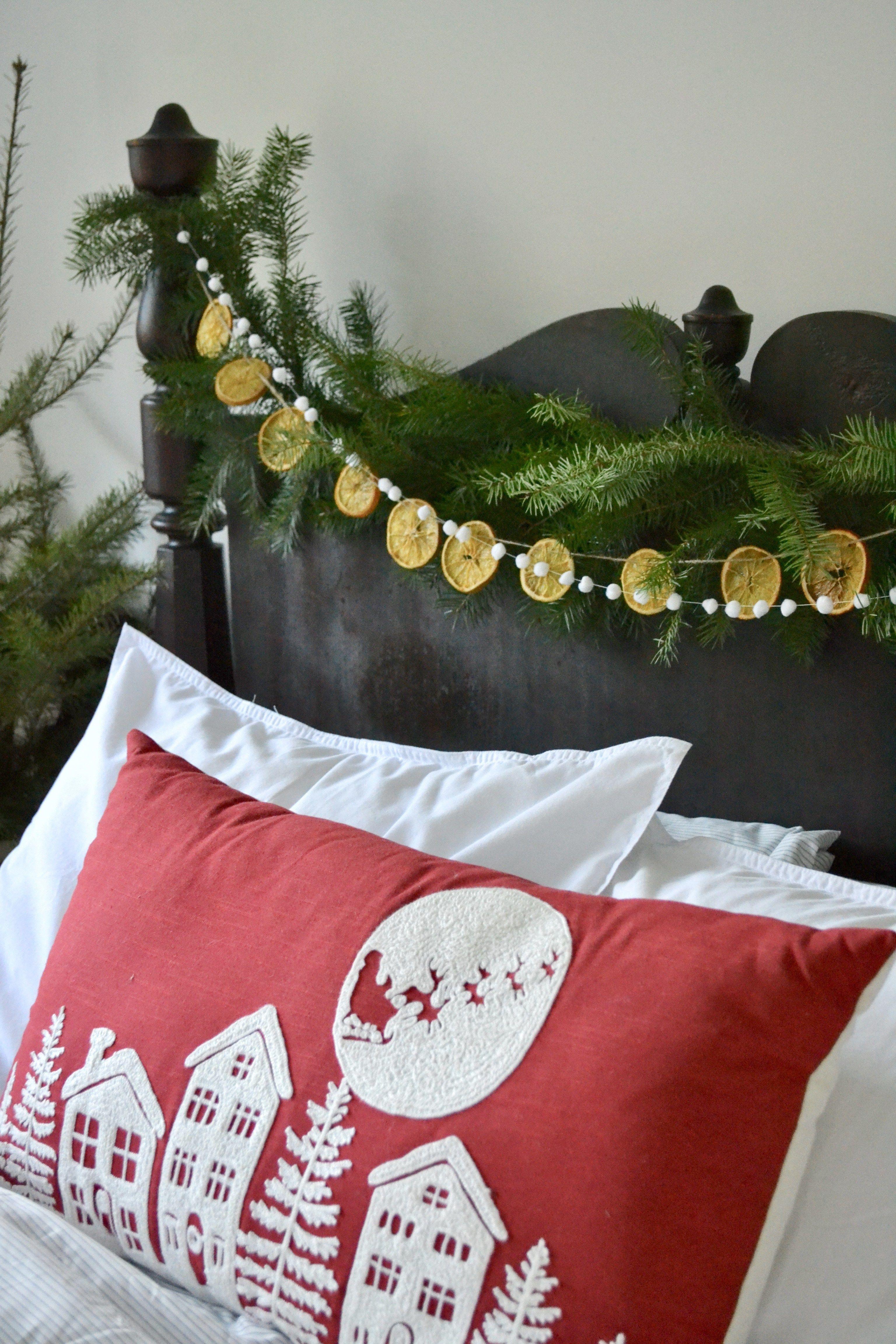✔ Christmas  Table Dcoration Garland #christmascards #christmasmood #ChristmasDay