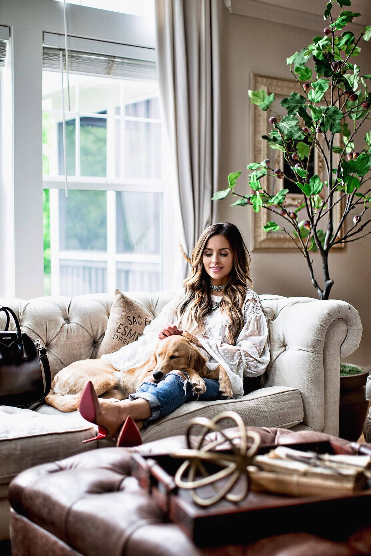 Fashioned Living Room Furniture: Fashion Blogger Mia Mia Mine At Home Living Room