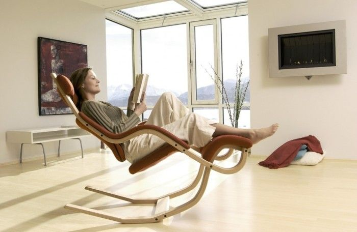 Superb Woman Reading Book In Zero Gravity Chair   Do One For Outside