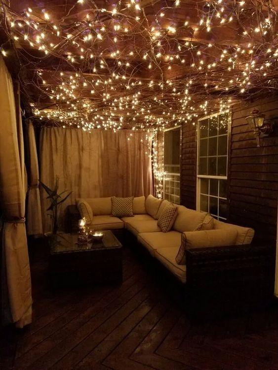 35 fantastische Designideen für Apartmentbalkone mit perfekter Beleuchtung