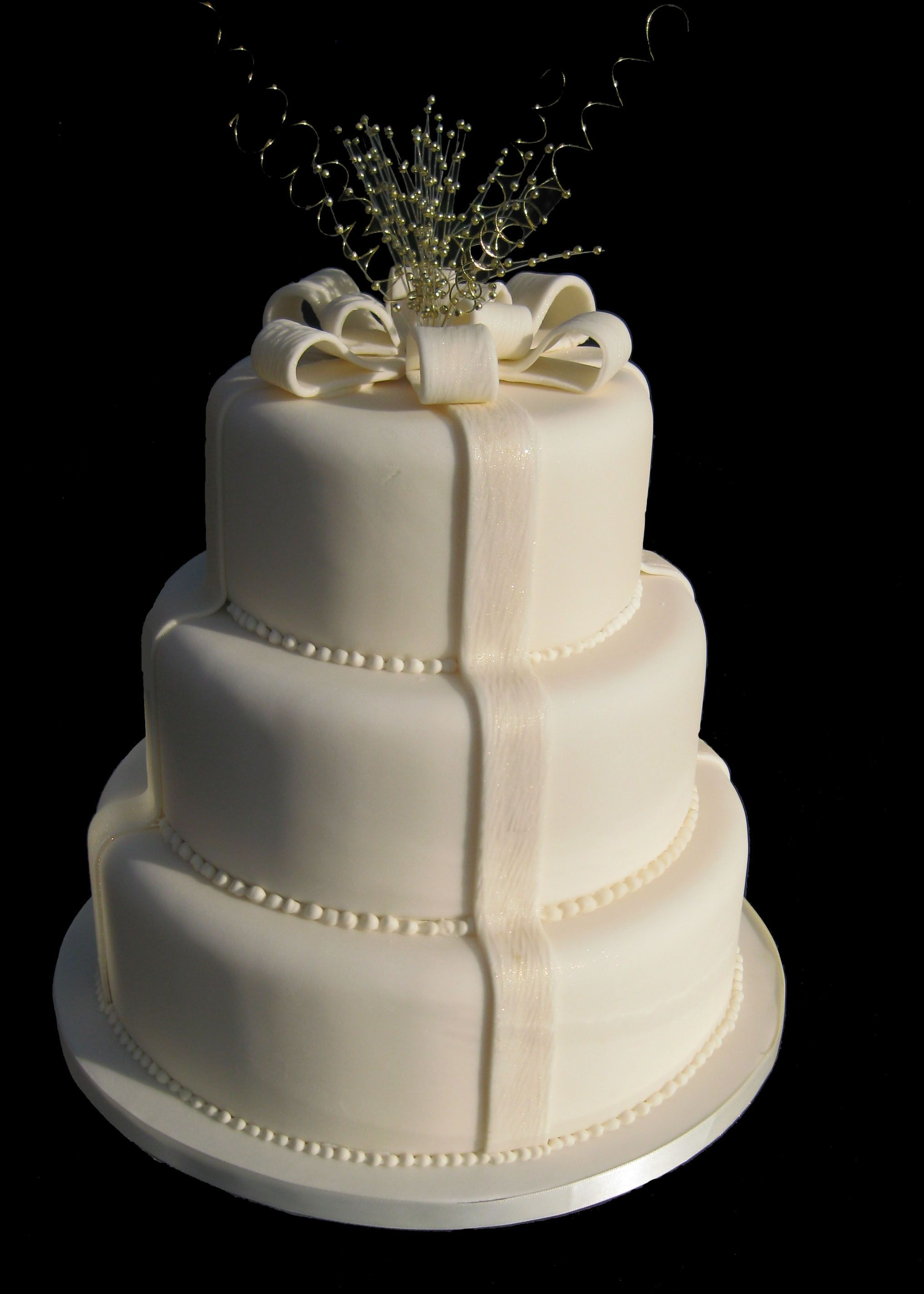 Wedding cakes cotswold cakes three tier parcel wedding cake