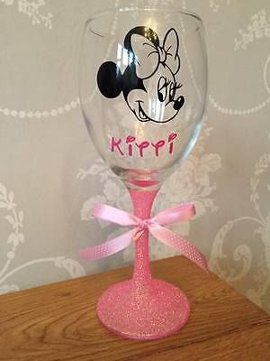 Personalised Hand Painted birthday 16th 21st 18th 30th 40 50 wine glass gift box
