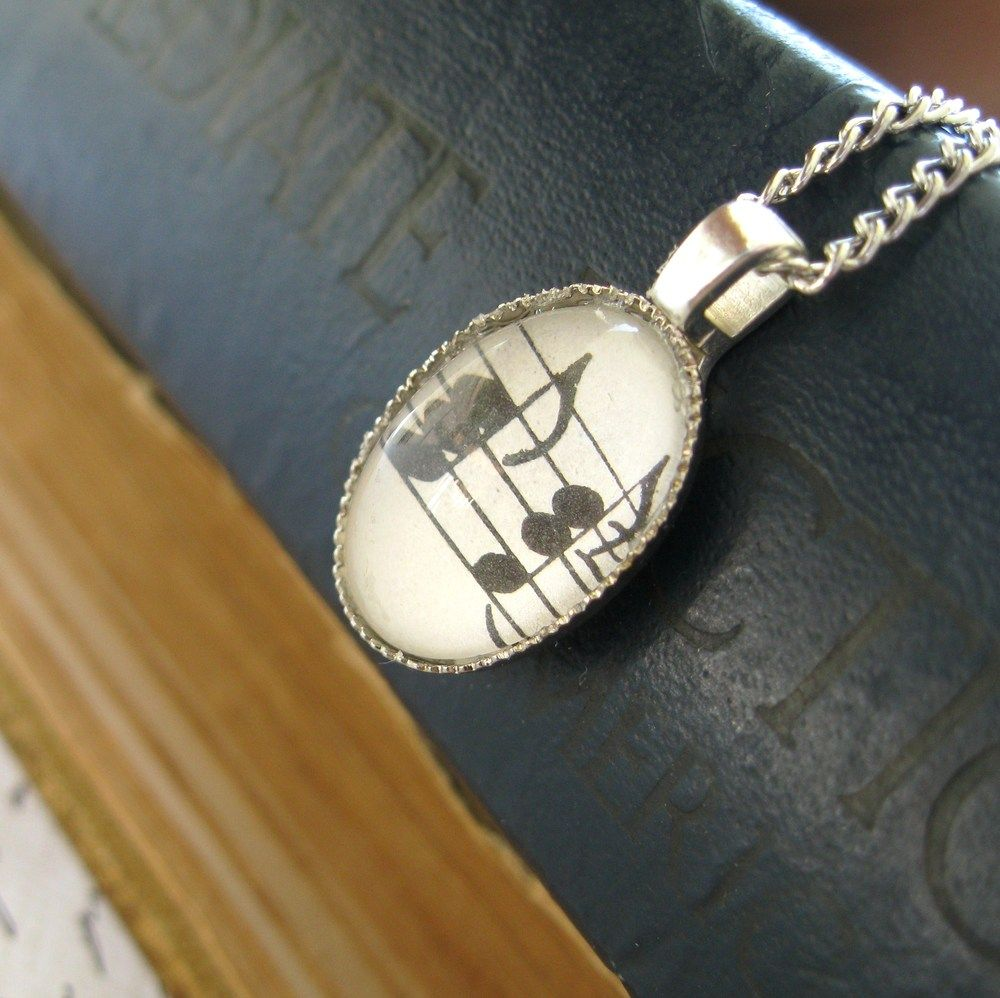 Music Note Necklace -Great seller, good quality and shipped quickly