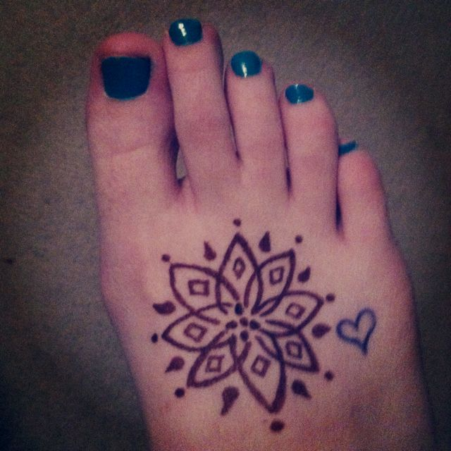 Tattoo Designs With Pen: Henna Tattoo. Easy To Do From Home With A Henna Pen