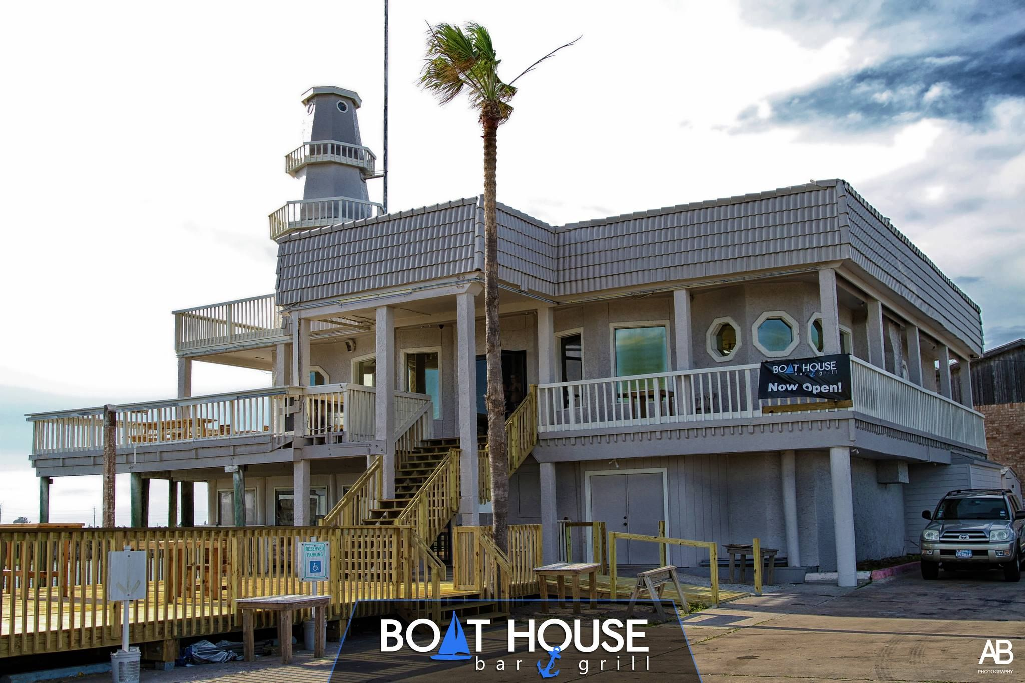 Boathouse bar grill in north padre island is the place