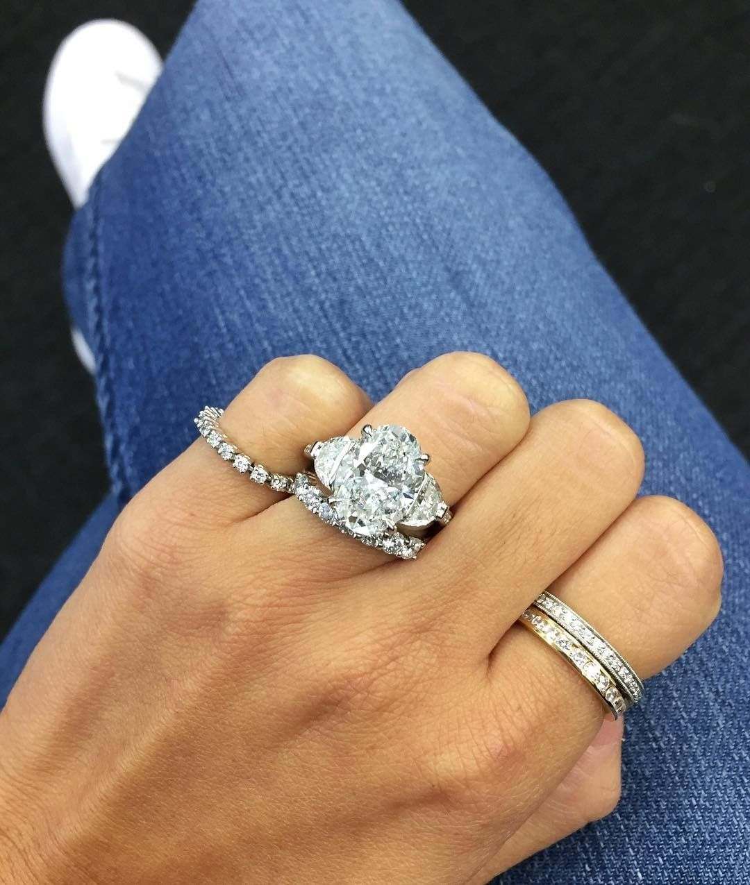 We Love Gorgeous Engagement Rings Of All Shapes And Sizes But Giant Rocks Make For Some Epi Aquamarine Engagement Ring Wedding Ring Designs Cool Wedding Rings