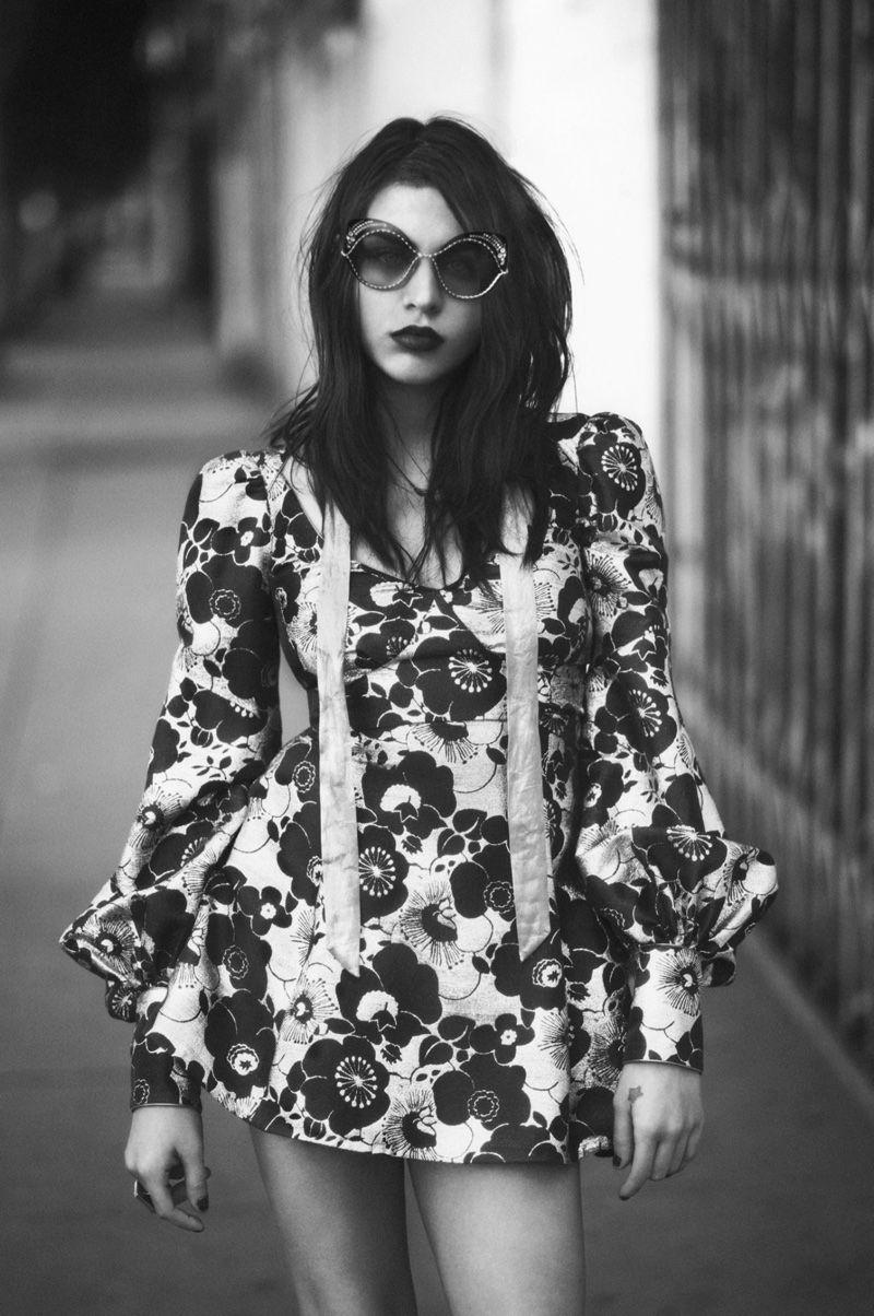 5e12df47f19de David Sims photographs Frances Bean Cobain for Marc Jacobs  spring 2017  advertising campaign