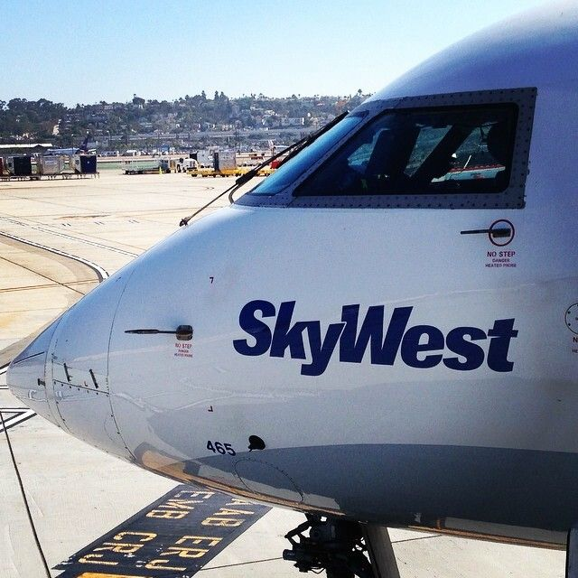 SkyWest Airlines (USA) CRJ200 @1isra_max | To travel is to