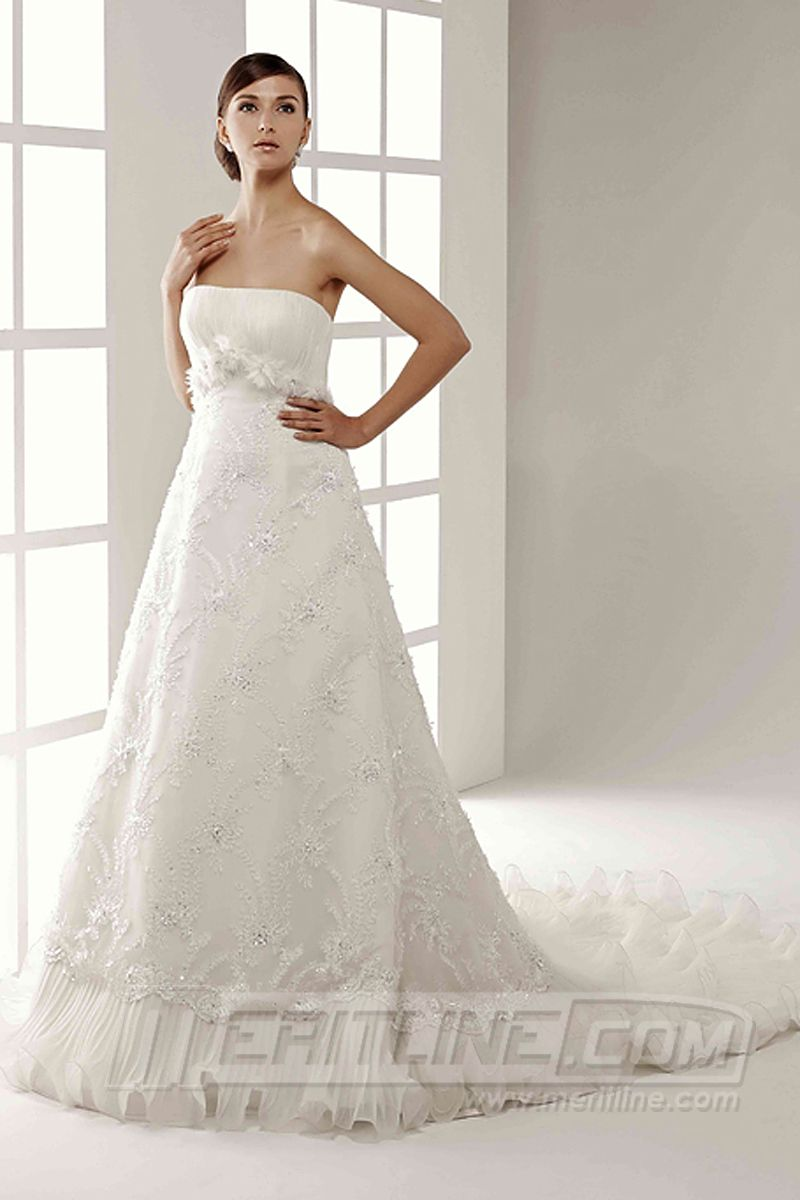 Nice embroidery tailored wedding dress a line strapless chapel train