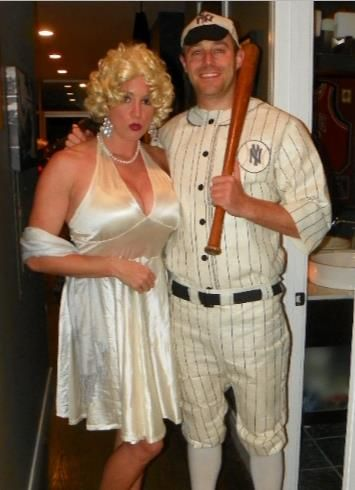 Good couple costume - Marilyn Monroe u0026 Joe DiMaggio  sc 1 st  Pinterest & Good couple costume - Marilyn Monroe u0026 Joe DiMaggio | Holidays ...