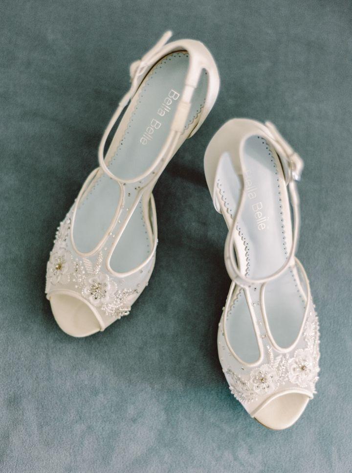 Bridal shoes | fabmood.com #weddingshoes #weddingheels