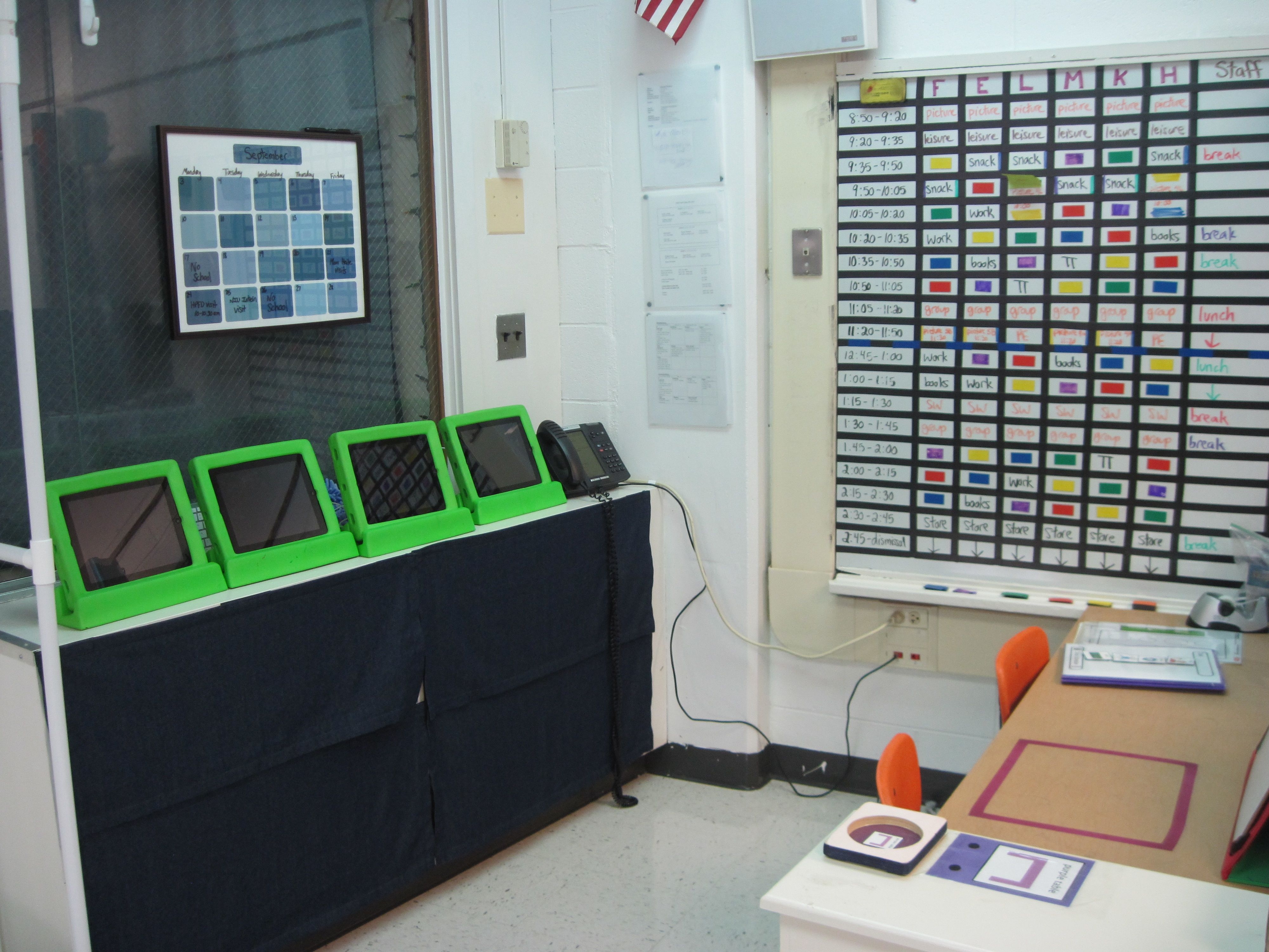 Self Contained Special Education Set Up...Wow! Wonder if this ...
