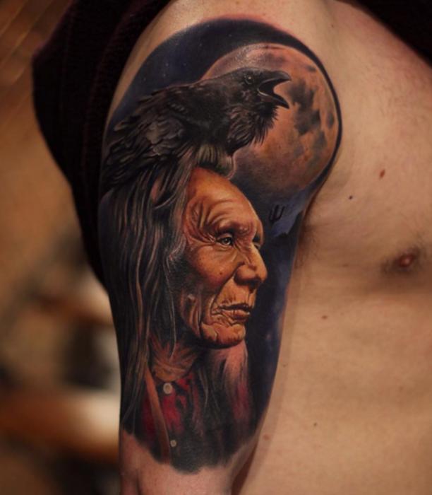 Tattoo Indianer Mit Rabe Und Planet Legacy Tatto