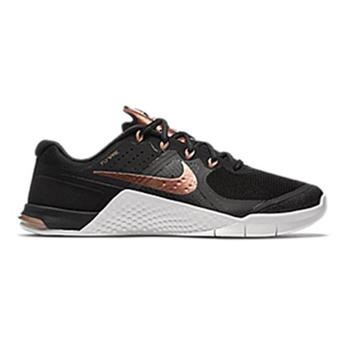 This Rose Gold Nike Collection Is Everything. Shoes ...