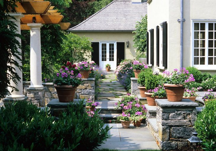 Bryn lawn hess landscape architects pots of flowers add for Hess landscape architects