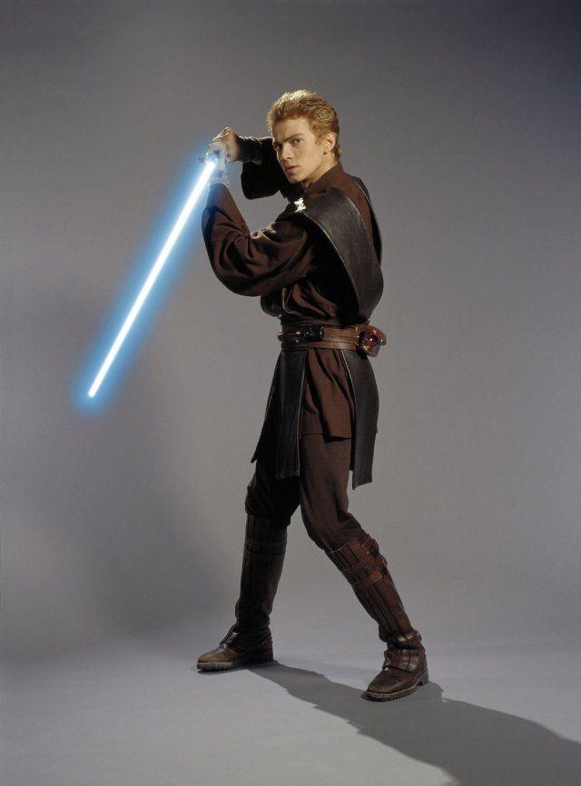 Hayden Christensen in Star Wars: Episode II - Attack of ...