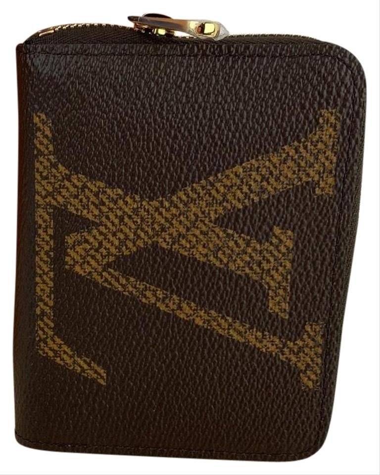 Louis Vuitton | Brown Zippy Coin Purse Giant Monogram A464 Wallet