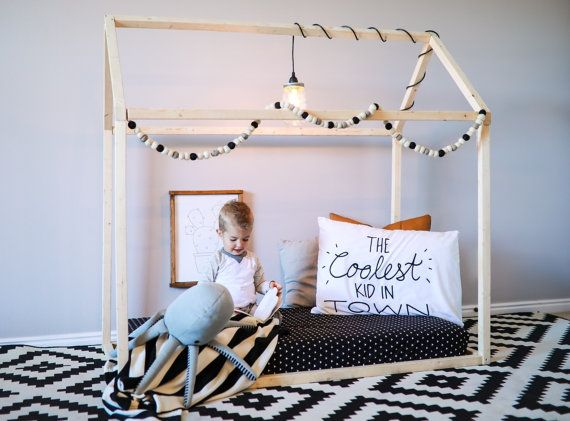 7 Inspiring Kid Room Color Options For Your Little Ones: FREE SHIPPING, Wood Bed