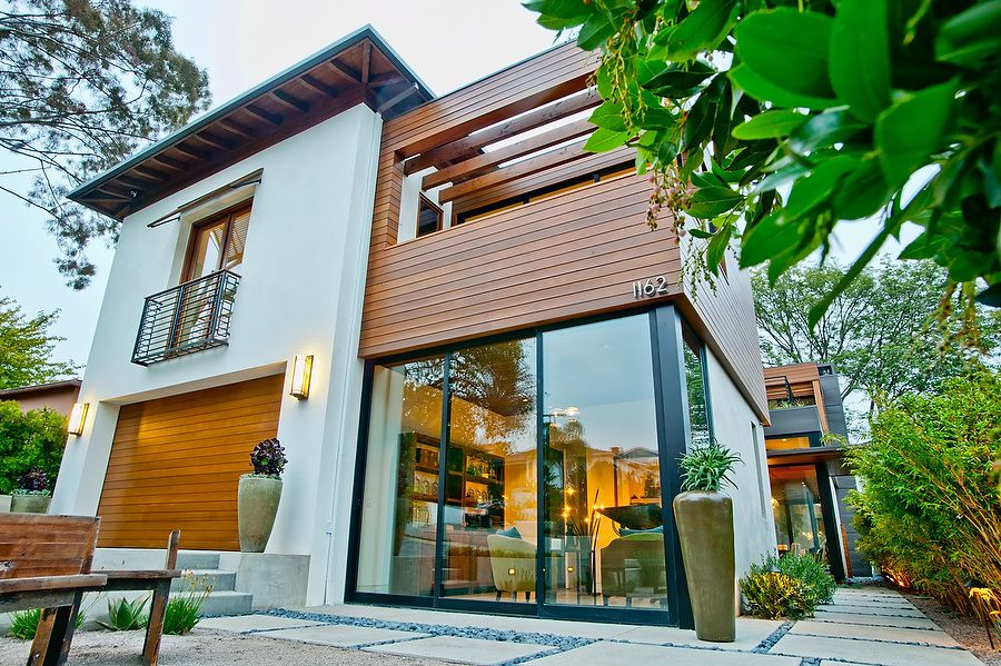 5 Gadgets That Will Make Your Home Smarter Modern House Design Unusual Homes House Exterior
